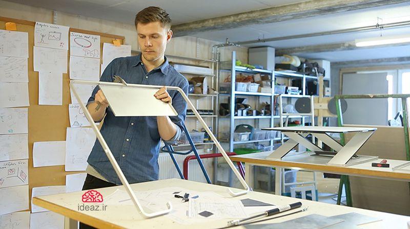آیدیاز - میز کامپیوتر سرپایی