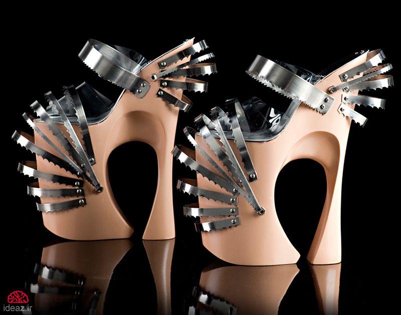 کفشهای به دردنخور